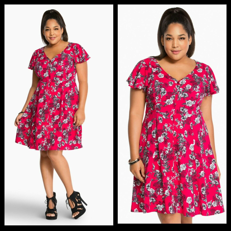 NWT Torrid Plus Größe 0 0X Large Floral Print Button Challis Dress