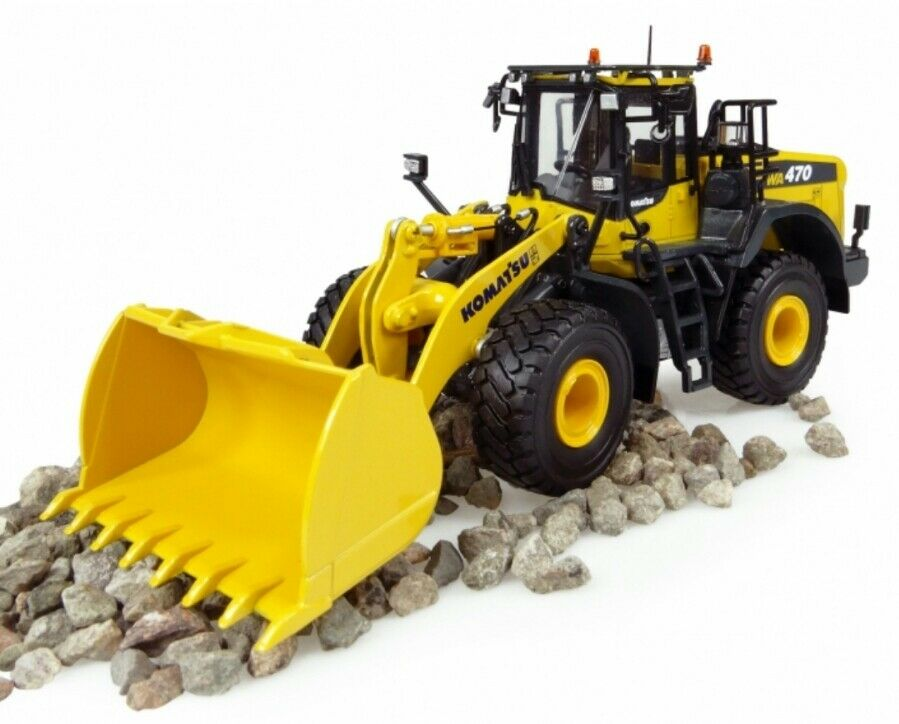 KOMATSU WA 470-8 diecast wheeled loader, 1 50, Universal Hobbies , (NEW VERSION)