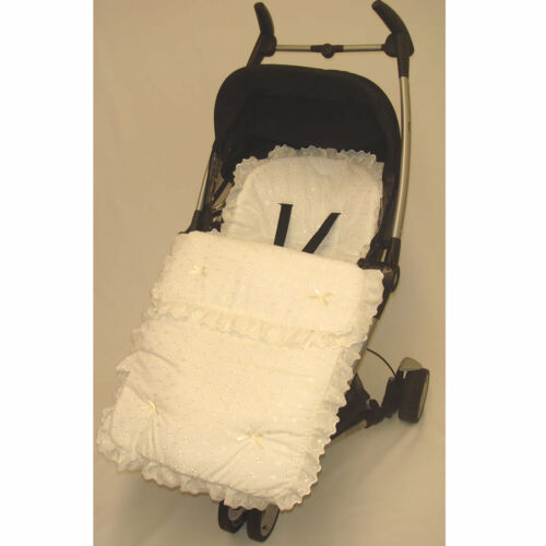 Belle volants broderie anglaise manchon de pieds//cosy toes babystyle oyster prestige