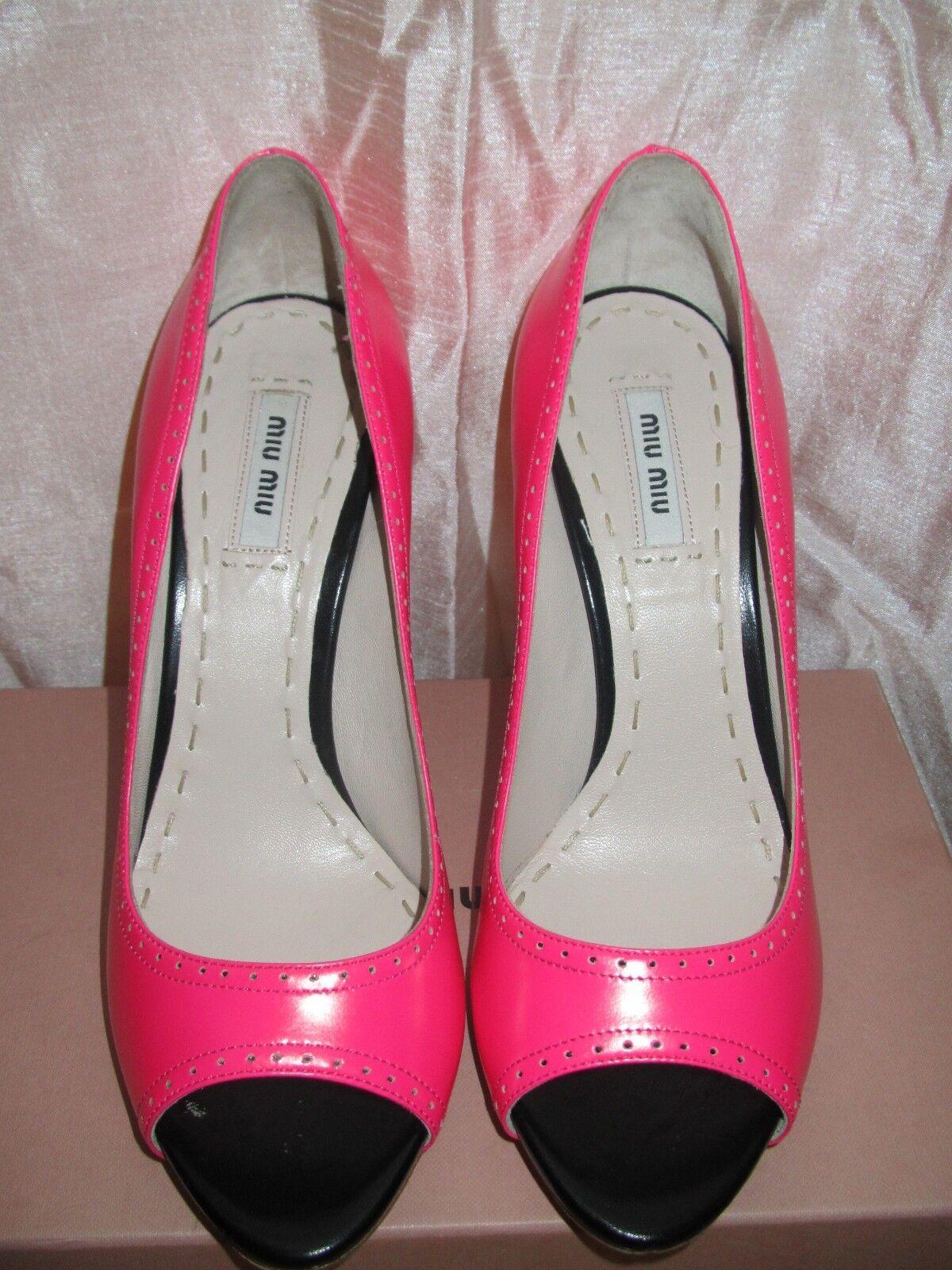 Brand new    Miu Miu hot pink and black peep toe pumps, 38.5, Made in  05f085