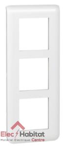 Plaque triple verticale Mosaic entraxe 57mm spéciale rénovation Legrand 78856
