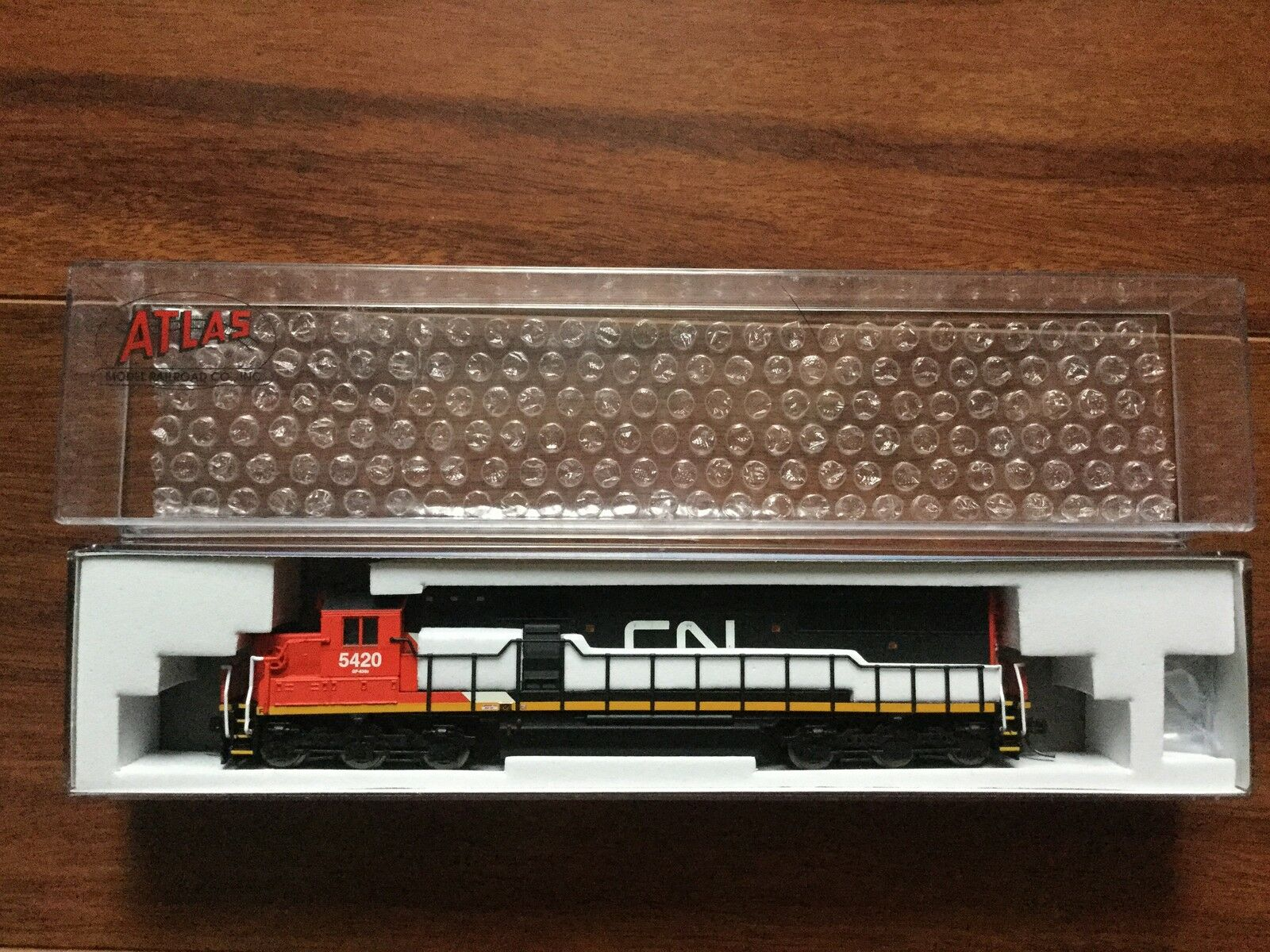 ATLAS 1 160 N Scale  SD-60 Canadian National Rd  5420 NCE for DCC   40002061 F S