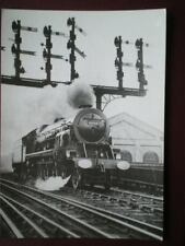 POSTCARD LOCO 6202 STAINER TURBLOCOMOTIVE PASSING CAMDEN TOWN 1935