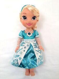 My-First-Disney-Princess-FROZEN-Snow-Glow-Elsa-Singing-Doll-14-034