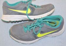 Womens size 6.5 Nike Air Relentless 3 Athletic shoes Gray with teal and green