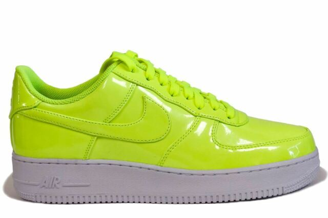 low priced d69d7 614d4 Nike Air Force 1