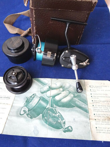A SUPERB 3RD MODEL MITCHELL 300 SIZE SPINNING REEL + BOOKLET, SPARE SPOOL +TUB