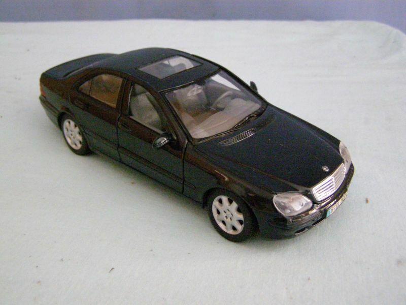 Jouet de collection Maisto  voiture Mercedes S Class
