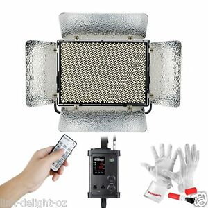 Aputure-Light-Storm-LS-1s-1536-SMD-lamp-beads-Single-Color-with-V-mount-Plate