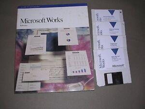 4-Microsoft-Works-Floppy-Disks-Diskettes-amp-Reference-Book-09629-1089-for-IBM-PCs