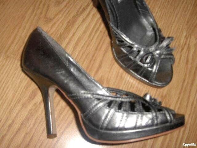 sexy STEVE MADDEN Silver metallic leather peep 7 toe pumps high heels 7 peep NEW $79 2b8b8e