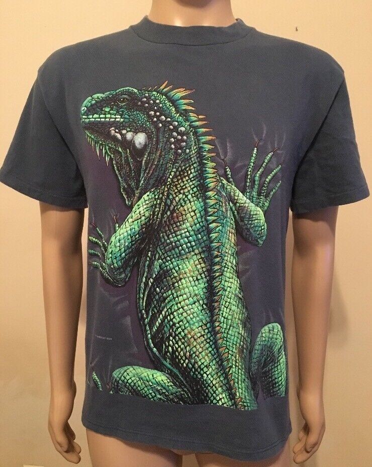 Vintage Rainforest Cafe 2-Sided All Over Print Iguana T Shirt USA Made Size M