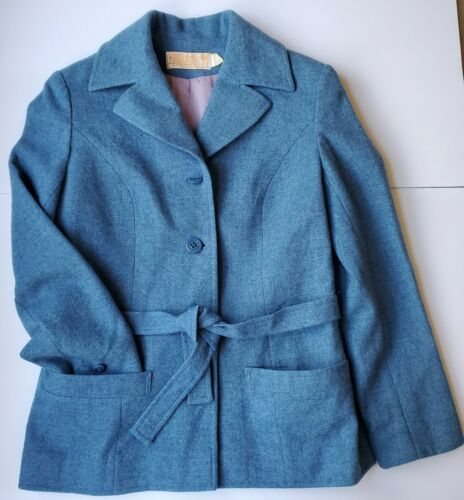 Vintage Ladies Pendleton Lightweight Jacket With B
