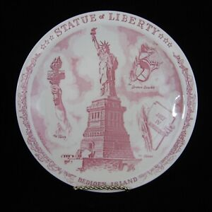 Vernon Kilns Statue of Liberty Plate Souvenir Bedloes Island NYC Skyline Border