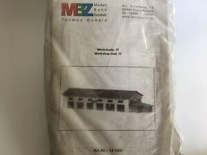 Werkshallte-Lasercut-Bausatz-von-MBZ-12060