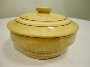 VINTAGE-WATT-oven-ware-CERAMIC-casserole-lid-yellow-ware-ARCHES-USA-8-stripe