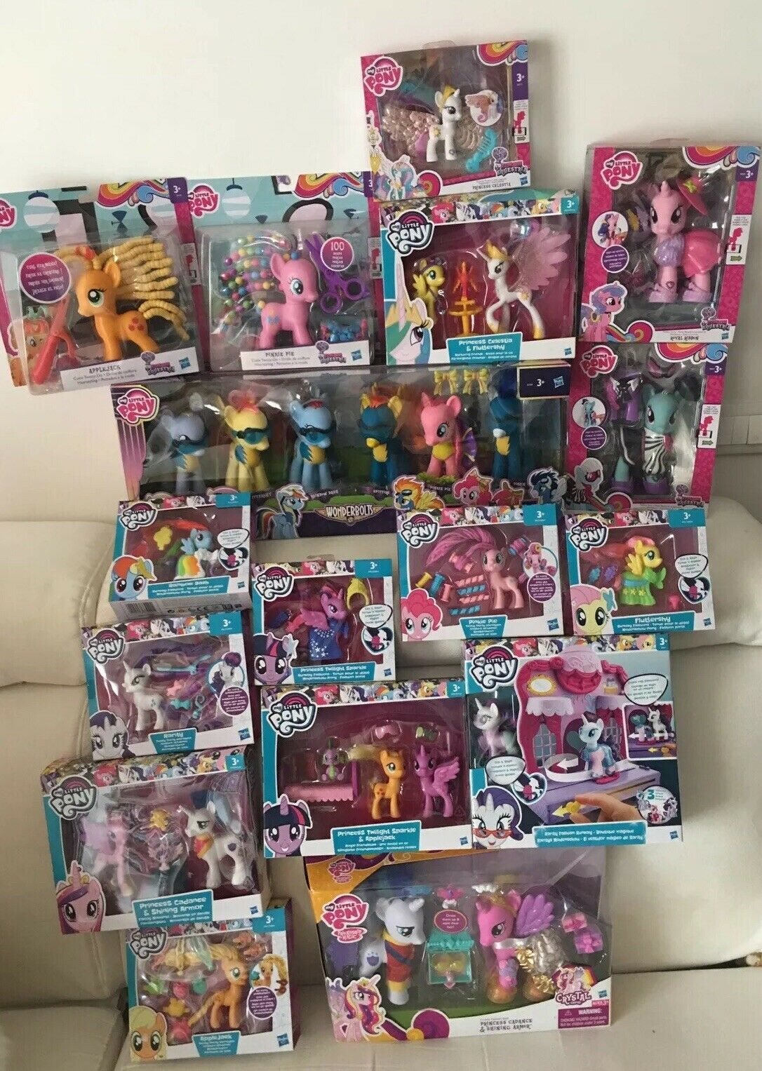 My little pony Lot of G4 and G4.5 rare never opened wonderbolts shining cadance