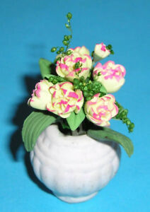 Doll-House-Flowers-1-12-Scale-Pink-and-White-flowers-in-White-Vase