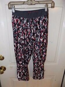 214ffcf9dfcac NIKE Dri Fit Just Do It Tight Crops Capri Running Yoga Pants Size XS ...
