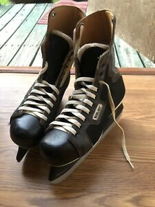 Bauer-Junior-Supreme-Ice-Hockey-Skates-Size-5-made-Canada-Used