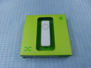 Original Apple iPod Shuffle 1.Generation 512MB Weiß! Neu & OVP! Versiegelt! RAR!