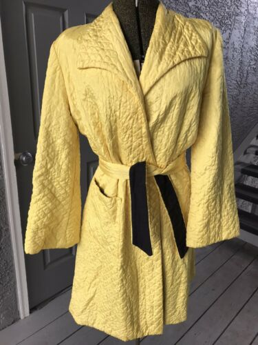 VIntage 1940s Yellow And Black Robe, Pinup, Med/Lg