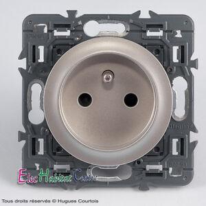 Details about 2p+t 16a socket legrand Céliane titanium 67111+68411+80251-  show original title