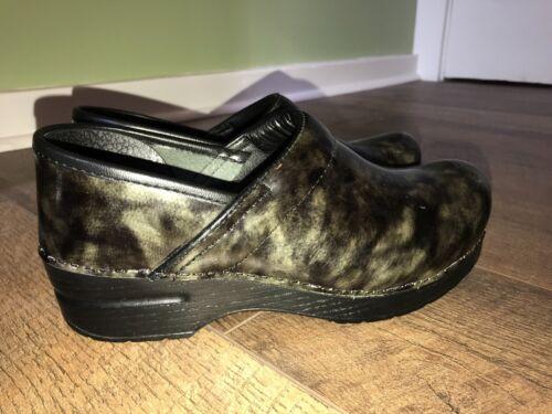 Women's Dansko Shoes, Size 38