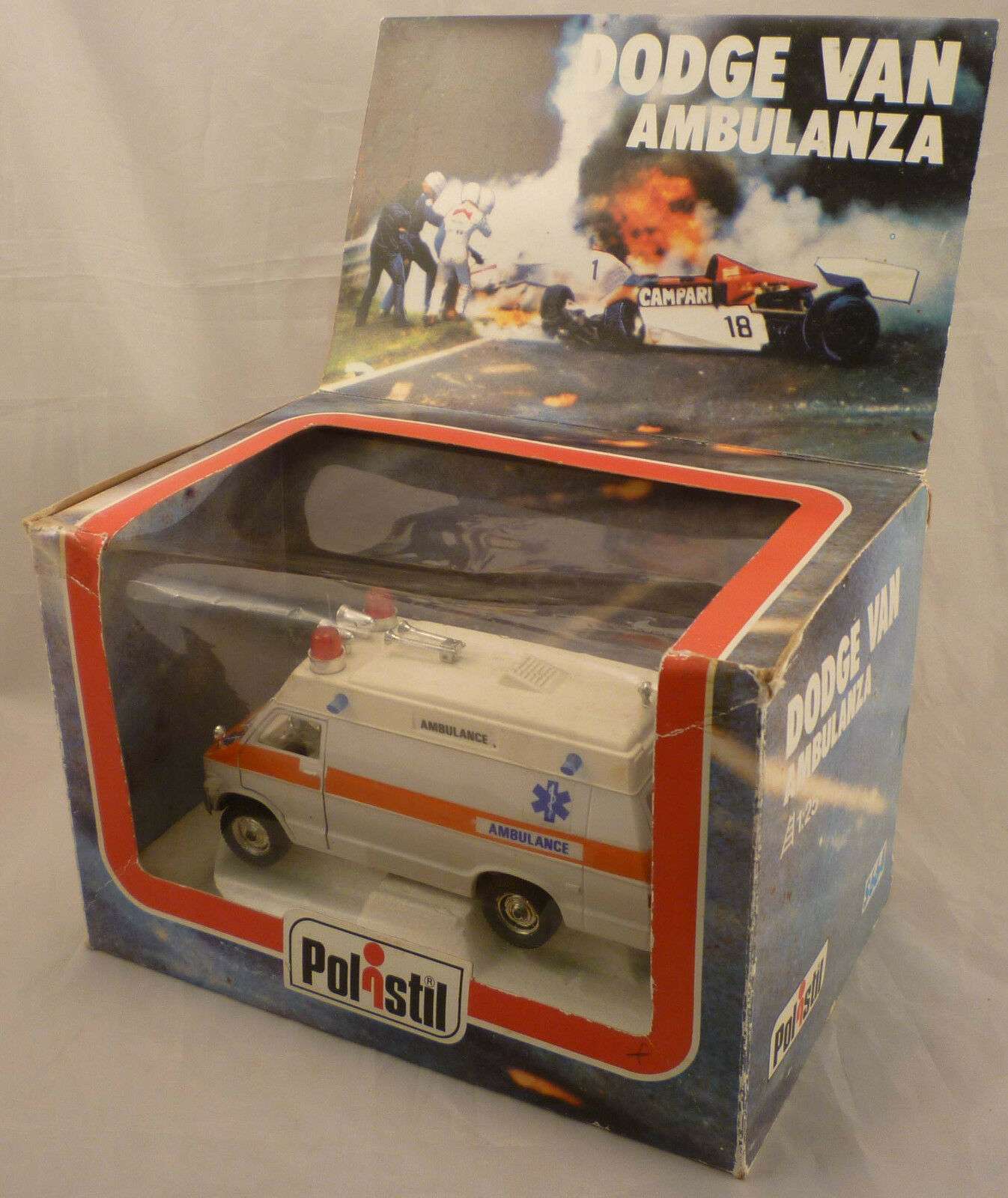 Polistil DODGE VAN AMBULANCE S664 die cast 1 25 scale model Niki Lauda 1976