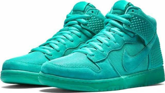 Nike Men's Dunk CMFT Premium Athletic, Casual Glow in the Dark Shoes 705433 400