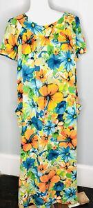 4d886cb526b4 Vintage Small Medium S/M Colorful Floral Long Maxi Hawaiian MuuMuu ...