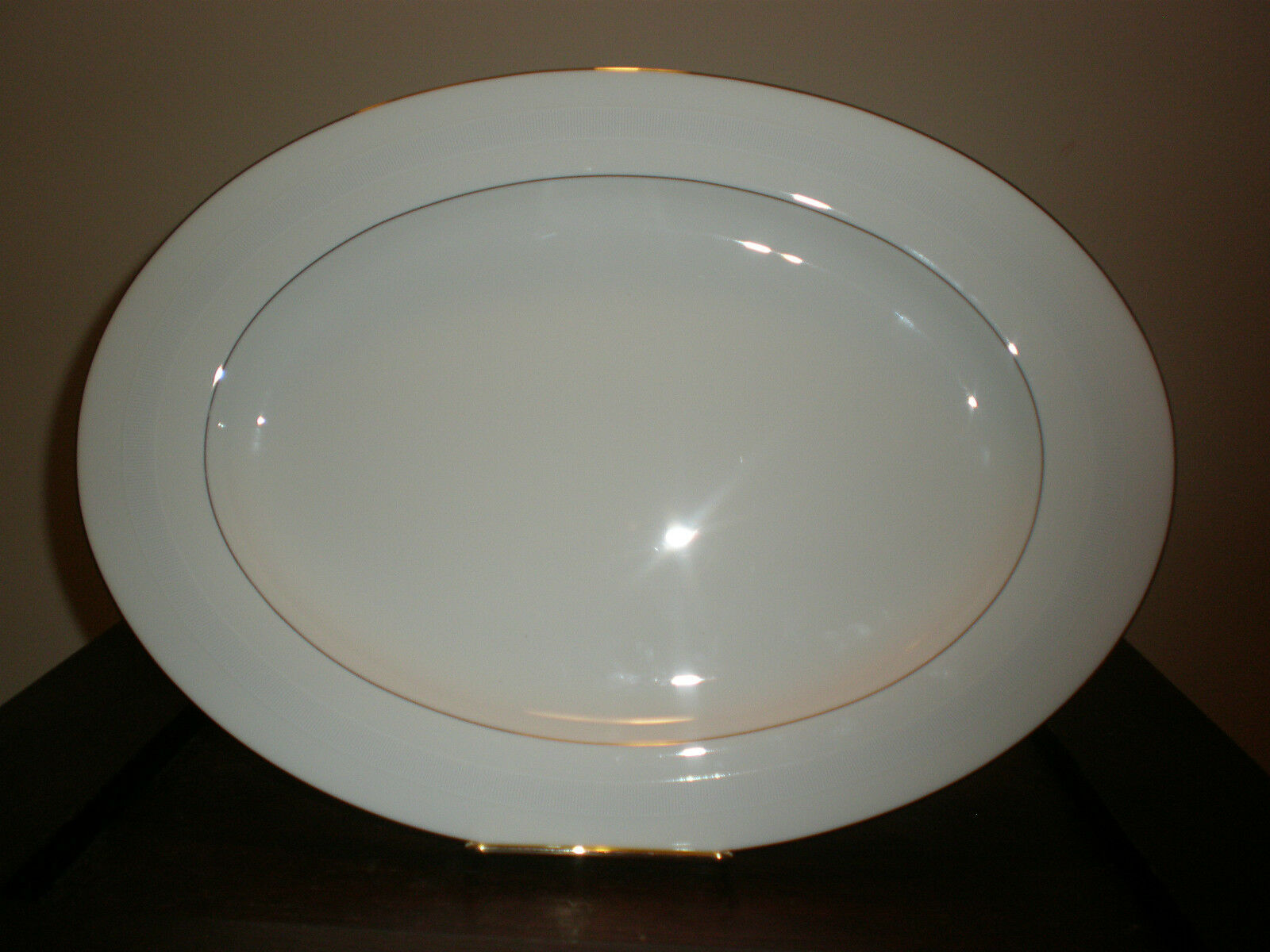RALPH LAUREN NORMANDY 15  OVAL PLATTER NEW WITH TAG NO BOX