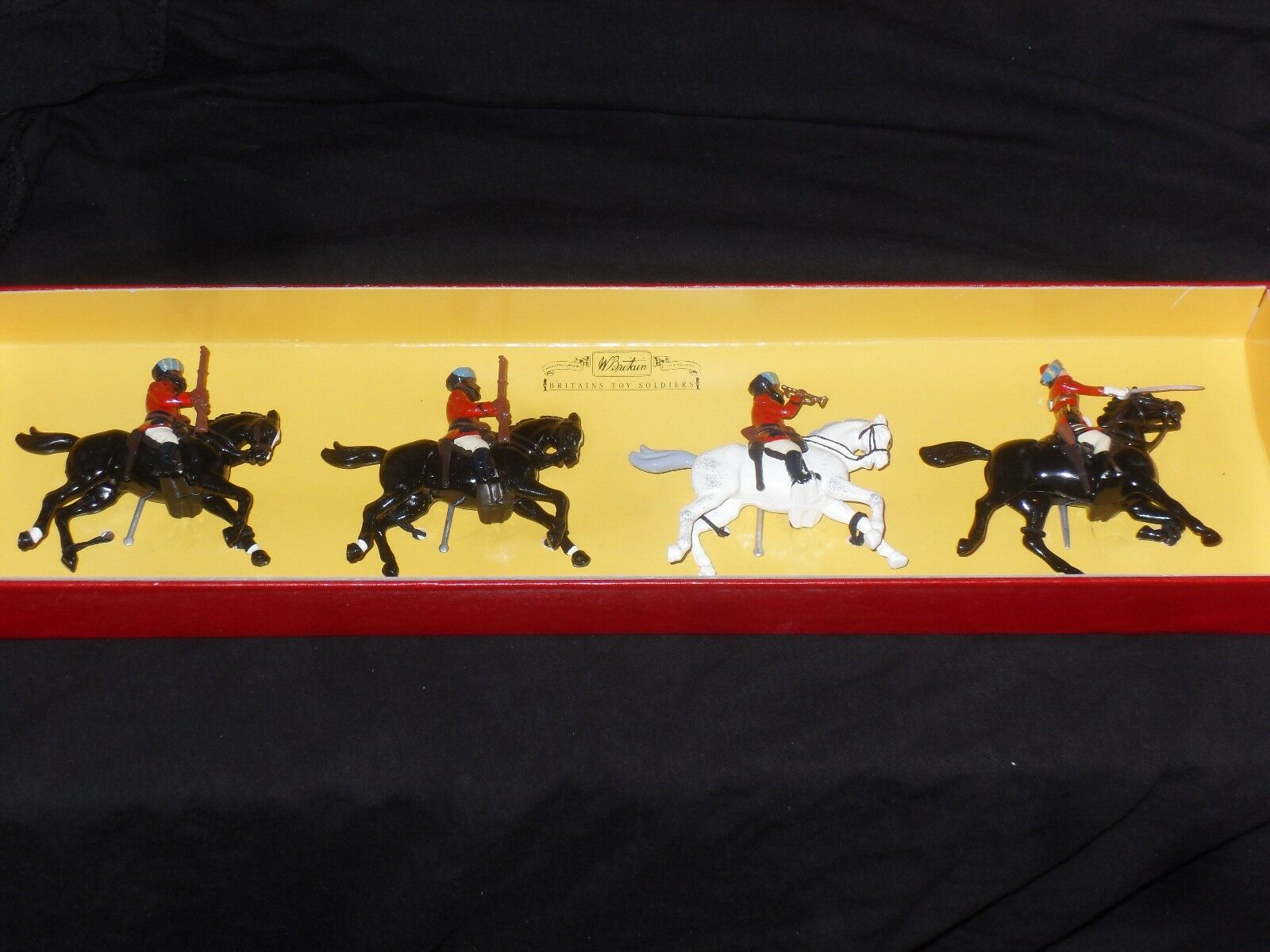 BRITAINS 8952 5TH BOMBAY CAVALRY.BOXED