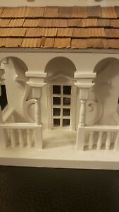 Pre-owned-Antique-White-Vintage-Wood-Victorian-House-Style-Bird-House