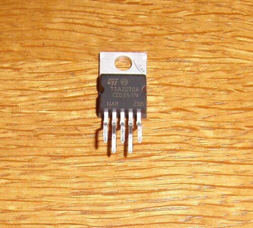 4 x  TDA 2030 A 18 W Verstärker = 4 pcs