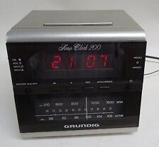 80er Jahre -  Uhrenradio Grundig Wecker Radio Sono Clock 200 Weckradio