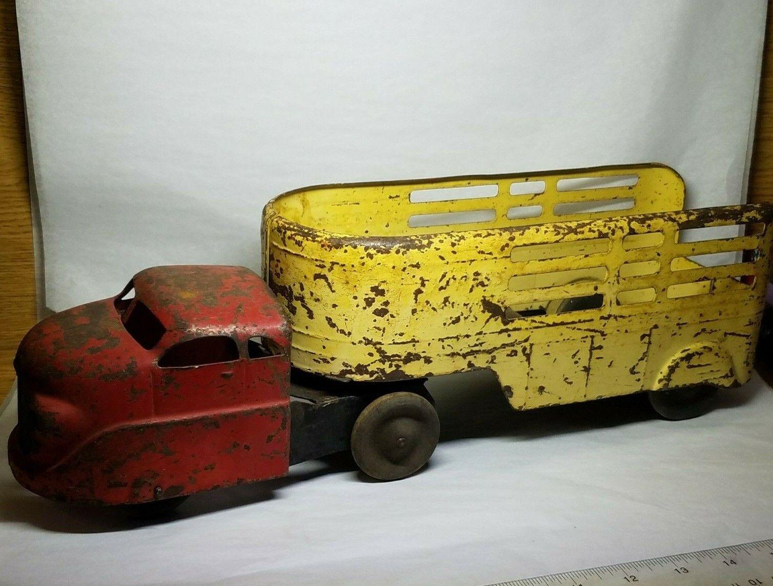 Vintage Express Wyandotte Toys Semi & Trailer
