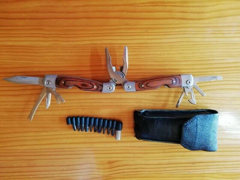 Multi Purpose Tool Set with Screw Driver Bit Set