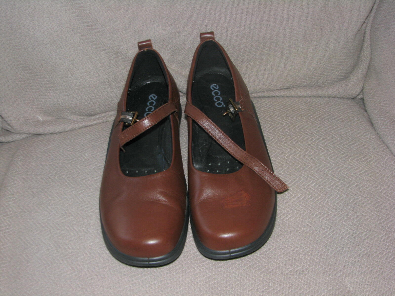 ECCO BROWN LEATHER MARY JANE SHOES 41 9.5 EEUC WORN J T 1X