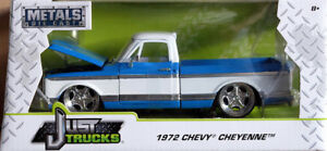 1972 Chevrolet Cheyenne Pickup Blau Weiß Blue White Chevy 1:24 Jada Toys 99046