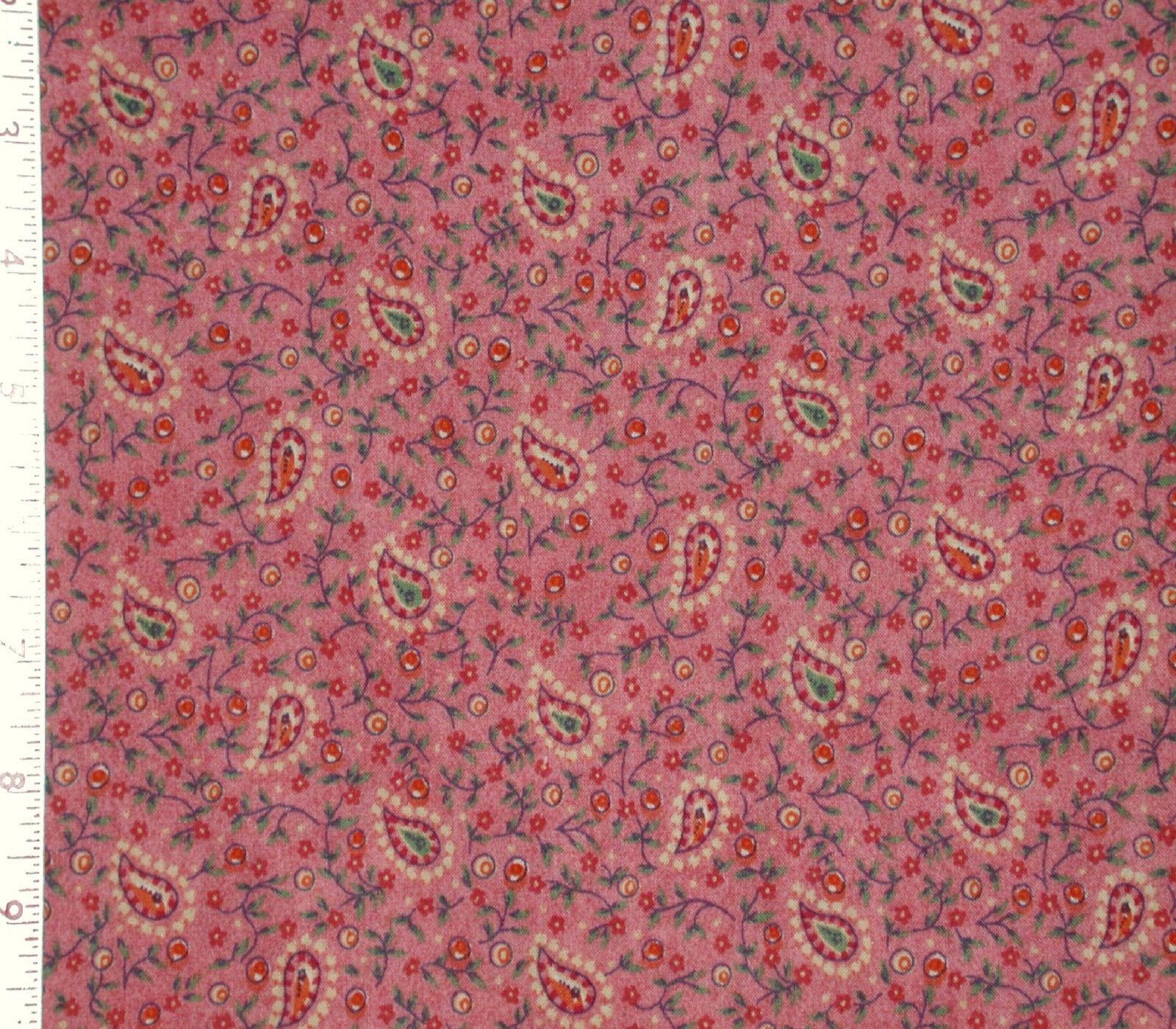 By 1//2 Yd Clothworks//Paisley Denim//Y0901-30 Calico on Blue Quilting B897