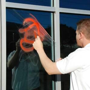 Pellicola trasparente antigraffiti protettiva marca 3M™ permanente da 152cm