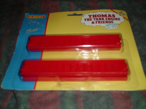 "2 Packs HORNBY THOMAS THE TANK ENGINE 6/"" tangentes en plastique rouge 1997 R9013"