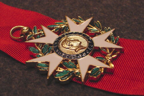KNIGHT 1ST EMPIRE PATTERN FRENCH LEGION OF HONOR  NATIONAL ORDER MEDAL