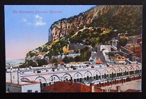 Benzaquen-Unused-Vintage-Postcard-THE-CASEMATES-BARRACKS-GIBRALTAR-VGC