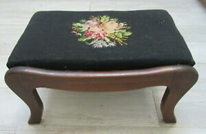 BIG-18-034-ANTIQUE-Foot-Stool-Ottoman-Wood-Country-Primitive-UPHOLSTERY-NEEDLEPOINT