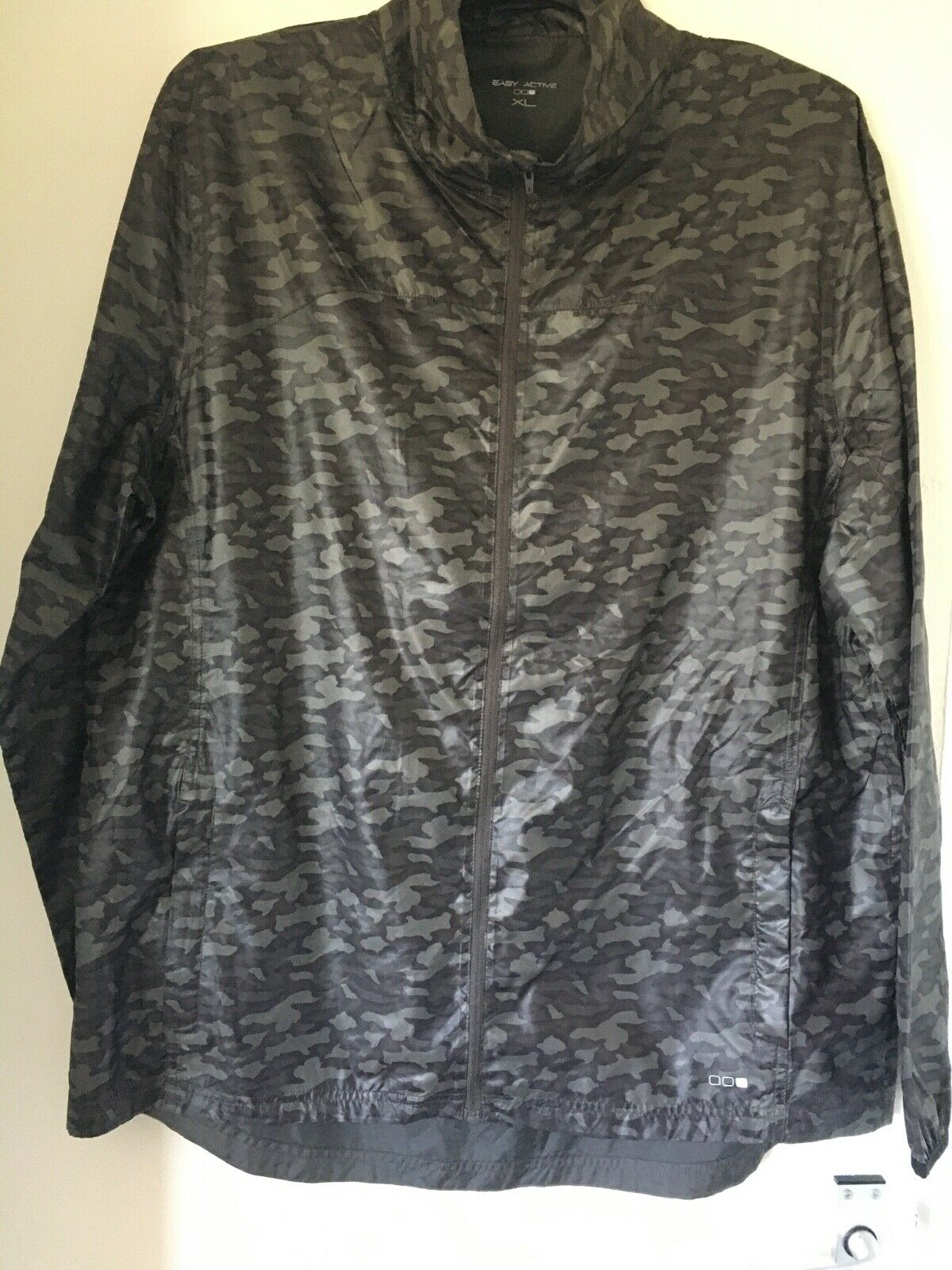MENS CAMO lightweight jacket-XL-easy active-free postage