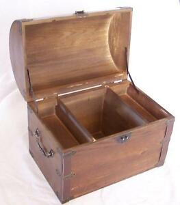 LARGE-WOODEN-TREASURE-CHEST-STORAGE-BOX-W-SHELF-old-looking-s-001-dentist-prizes