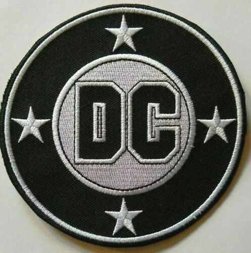 """DC Comics~Embroidered Patch~4 1//4/"""" Round~Collect~Iron or Sew On"""