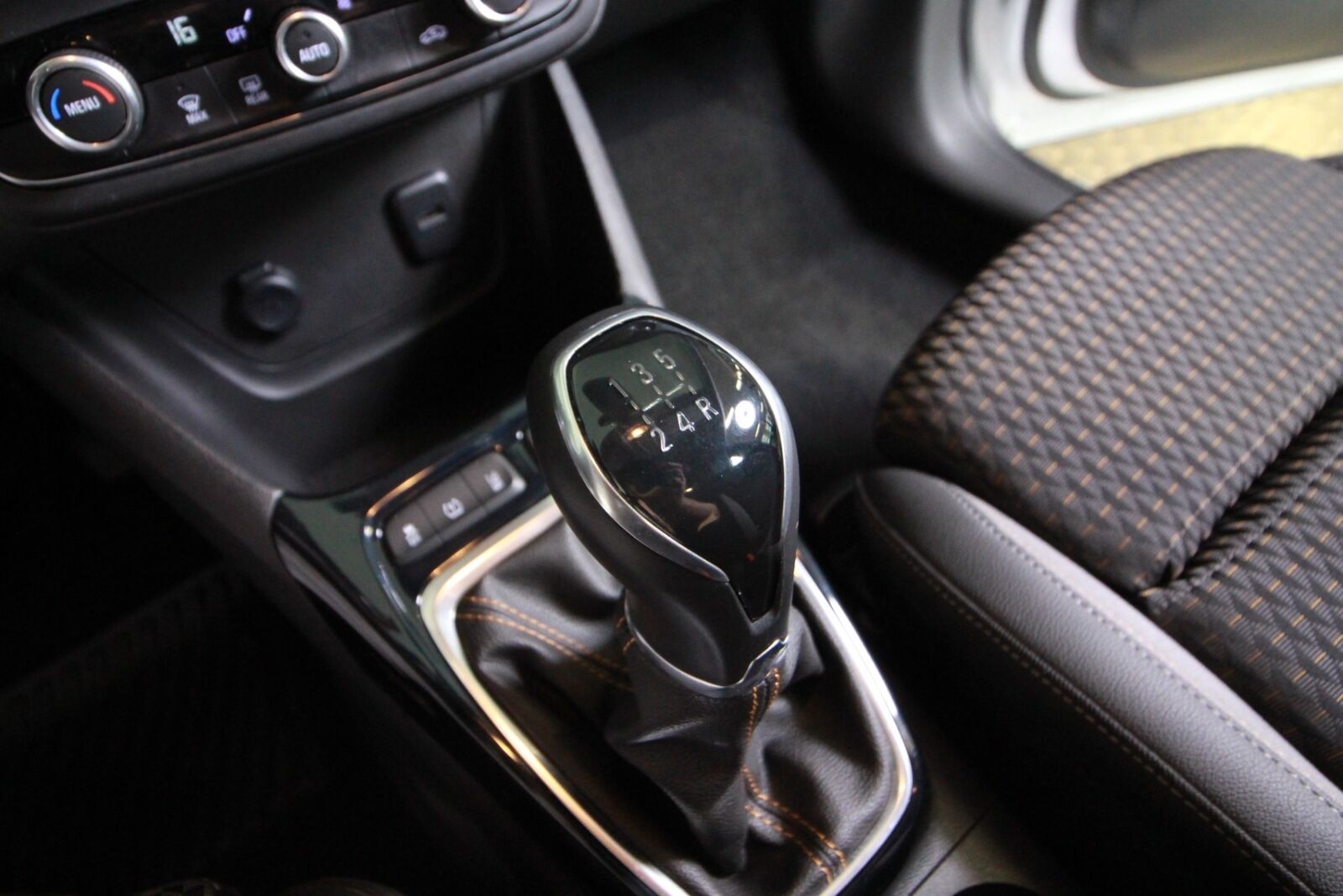 Opel Crossland X 2020